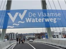 Nieuwe brug van 'Den Azijn' plechtig geopend