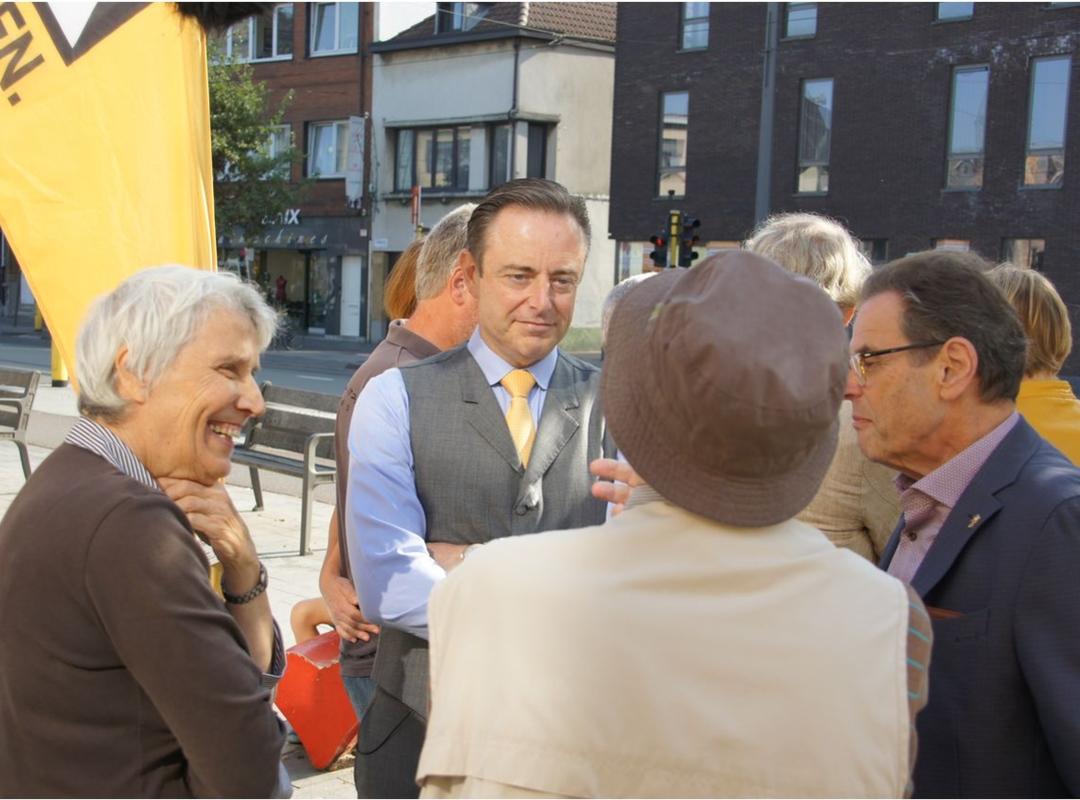 Wijkbezoek:  Deurne Dorp  Cogelsplein
